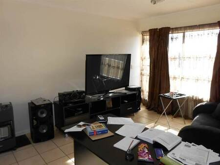 1 Bed Townhouse in Esther Park