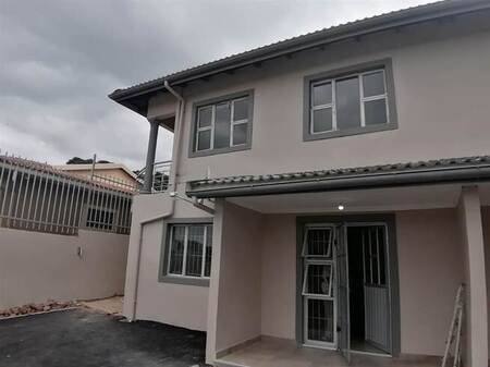 2 Bed Apartment in Newlands West