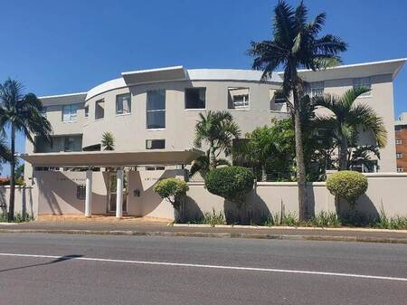 3.5 Bed Apartment in Musgrave