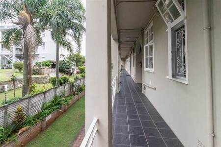 2.5 Bed Apartment in Musgrave
