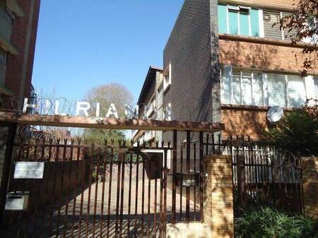 2.5 Bed Flat in Arcadia