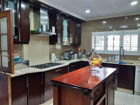 4 Bed House in Eastleigh