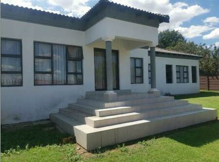 4 Bed House in Benoni Cbd