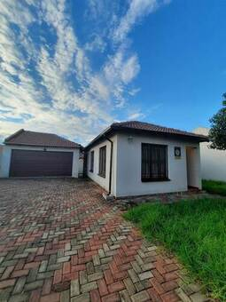 3 Bed House in Birch Acres
