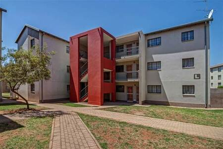 2 Bed Apartment in Soweto Central