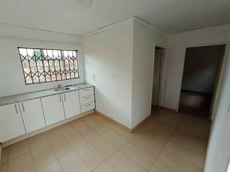 1 Bed Apartment in Protea Glen