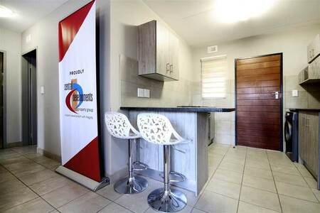2 Bed Apartment in Protea Glen