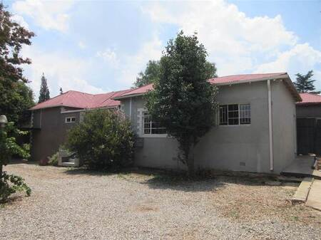 2 Bed House in Krugersdorp North