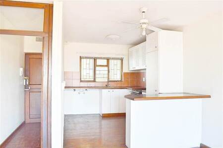 1 Bed Apartment in Strand Central