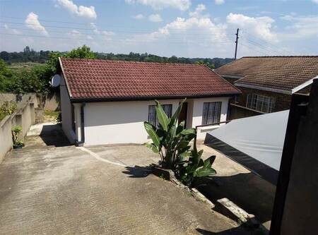 3 Bed House in Hillsview