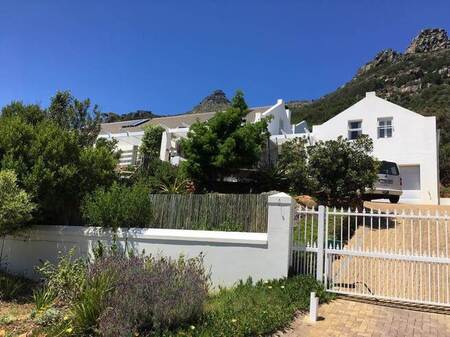 4 Bed House in Hout Bay and surrounds