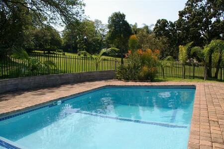 2-Bedroom Cottage to Rent, Furnished, Nelspruit/White River area, Scenic Views