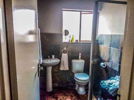 2 Bedroom Townhouse For Sale in Bendor