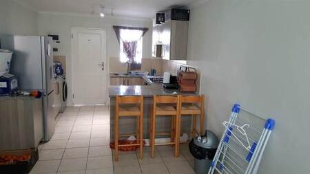 2 Bed House in Stellenbosch Agricultural