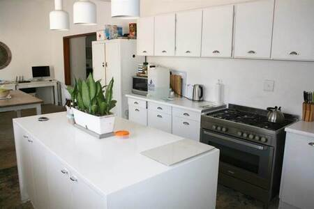 4 Bed House in Parkville