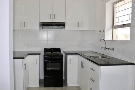 1 Bed Apartment in West Beach