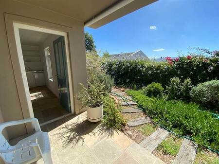 Bachelor apartment in Simons Town