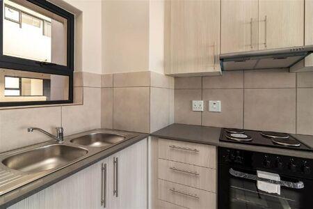 Neat 2 Bedroom Apartment / Flat to Rent in Parklands