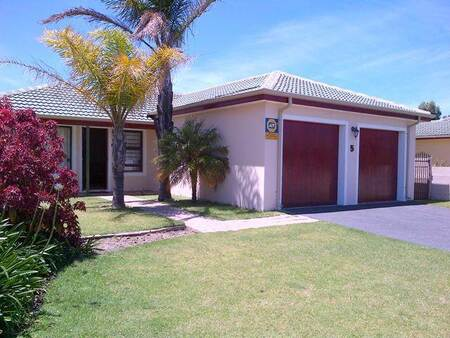 3 Bed House in Twin Palms