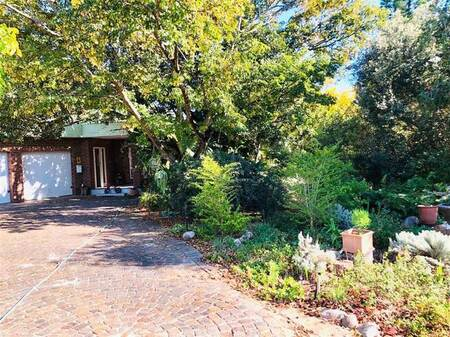 4 Bed House in Paradyskloof