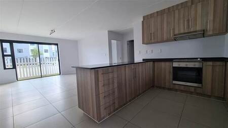 2 Bed Apartment in Parklands