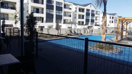 3 Bed Apartment in Parklands North