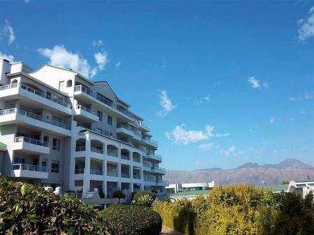 1 Bed Apartment in Greenways Golf Estate