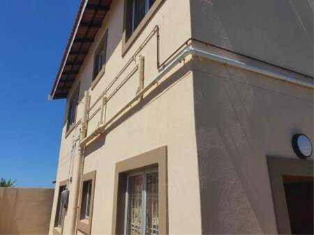 1 Bed Apartment in Newlands West