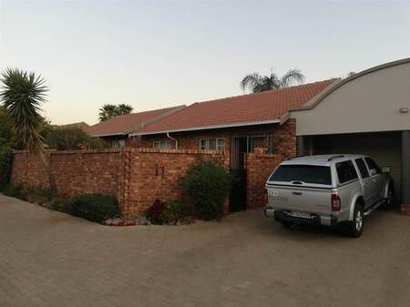 2 Bed House in Amberfield Heights