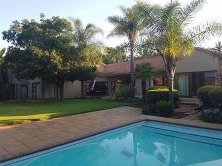4 Bed House in Sharon Park