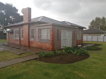 3 Bed House in Dunnottar