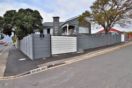 2 Bed House in Strand South