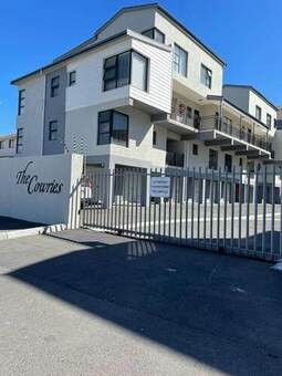 2 Bed Apartment in Waves Edge