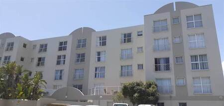 1 Bed Apartment in Bloubergstrand