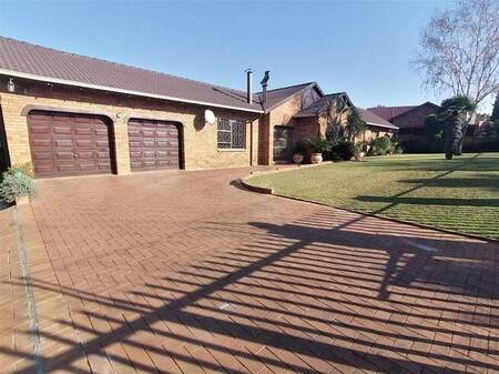 3 Bed House in Dalpark