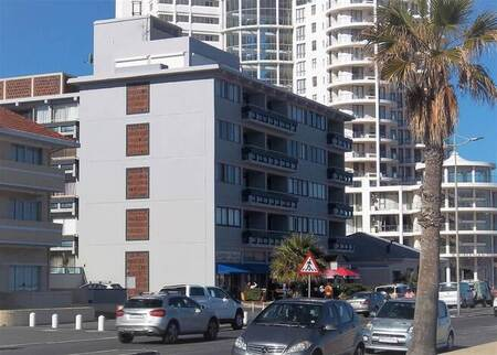 2 Bed Apartment in Strand North