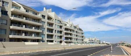 1 Bed Apartment in Blouberg Rise