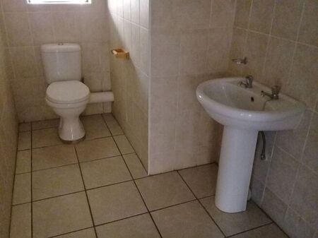 1 Bedroom Apartment / Flat For Sale in Dassie Rand