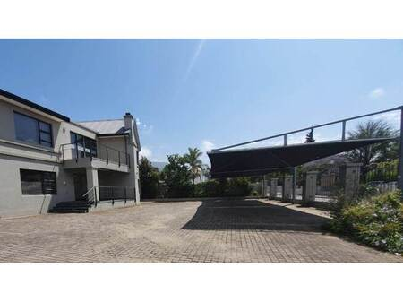 7 Bed House in Camphers Drift