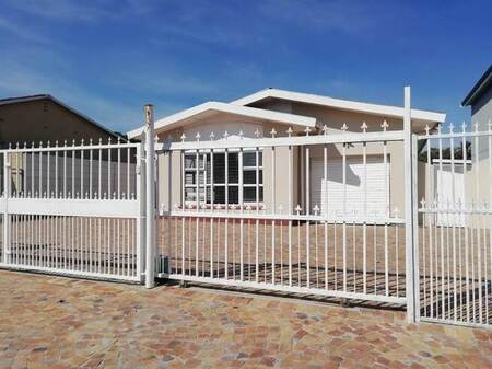 3 Bed House in Townsend Estate