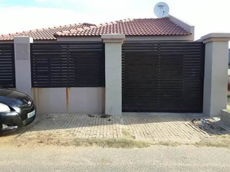 2 Bed House in Diepkloof