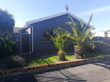 2 Bed House in Goodwood Estate