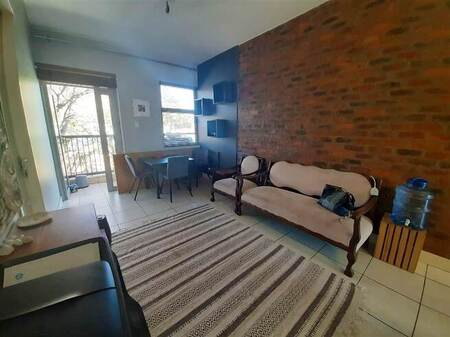 2 Bed Apartment in Greenside