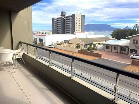 2 Bed Apartment in Bloubergstrand