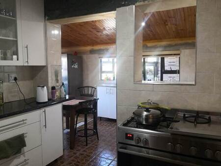 3 Bed House in Wesfleur