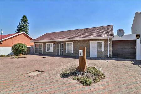 4 Bed House in Atlantis Central