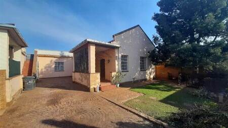 4 Bed House in Krugersdorp North