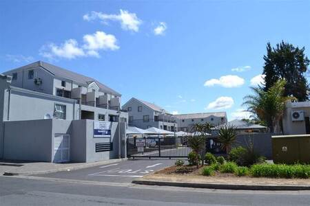 1 Bed Apartment in Wellington North