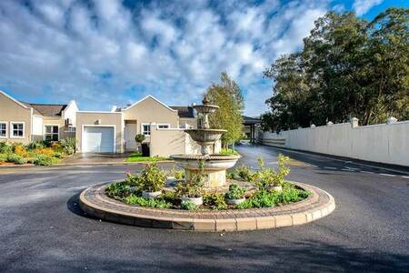 3 Bed Townhouse in Paarl