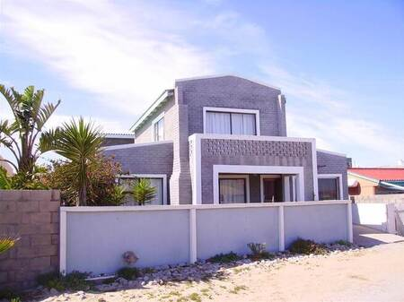 7 Bed House in Port Nolloth